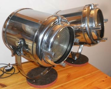 WJ Furse MFR Fresnel Spotlight